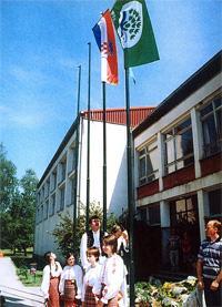 Svečano podizanje Zelene zastave ispred škole 30. svibnja